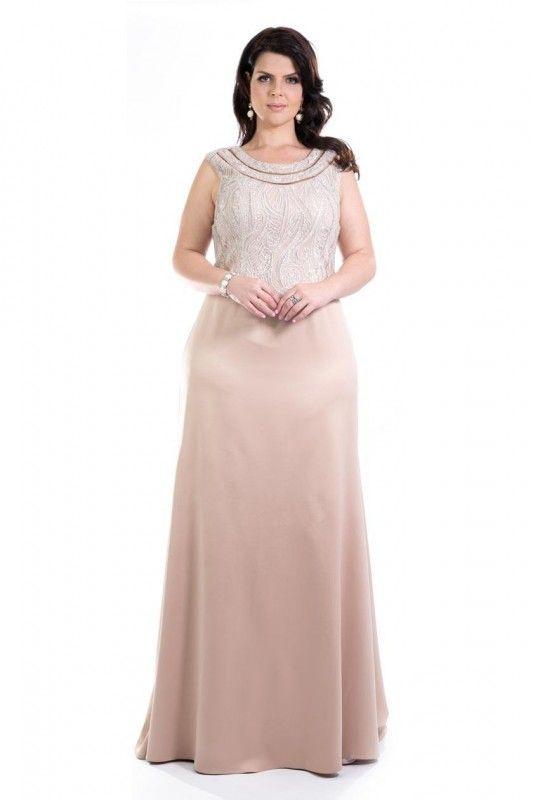 5b0a181ca Vestido Maria - Vestido em cetim nude. Sobreposição de tule fixo com  aplicação de bordados