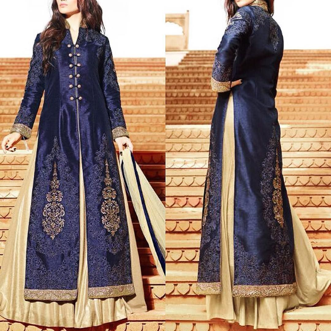 Available with us  Watsapp - 91 9930777376 Email -  fashioncloset06@gmail.com Or DM for enquiries.  #wedding #sari  #indiandesigner #indiansuits #indianbrides #manishmalhotra #saree #indianclothes #punjabiweddings #bridalwear #eid #sikhweddings #indianwear #vancouverwedding #indiancouture #anushreereddy #newyork #shilpashetty  #lenghacholi #sikhwedding #anarkalis #taruntahiliani #anarkalisuits #bridalgown #pakistanifashion #shyamalbhumika #anandkaraj #fashiondesigner #eidspecial #weddings by…