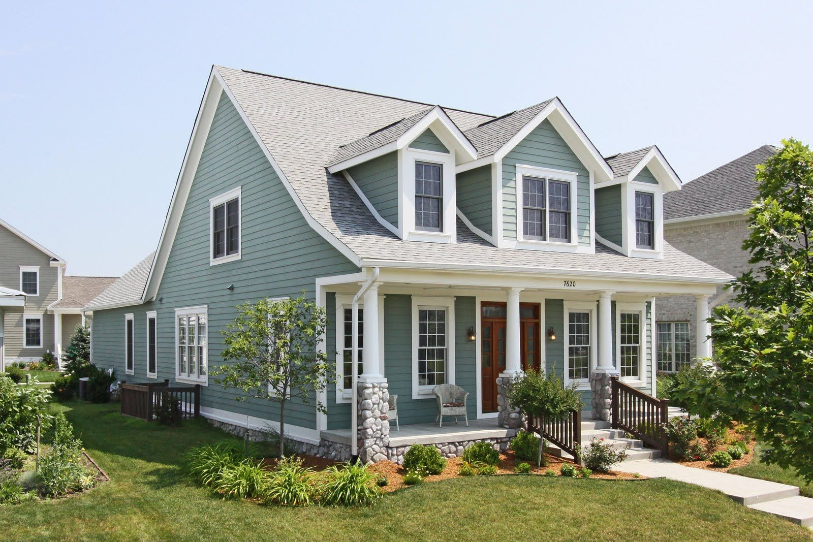 Cape Cod With Dormers And Porch Not In Love With The Stone Not - Colonial cape cod style house plans