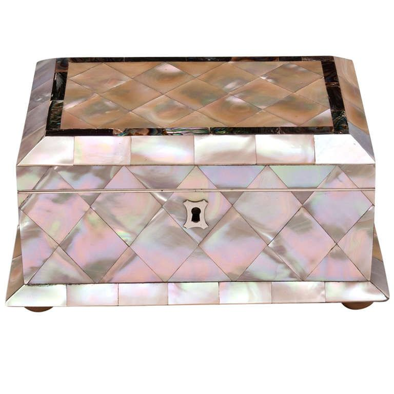 Mother of Pearl Abalone Jewellery Box Modern jewelry box Pearls