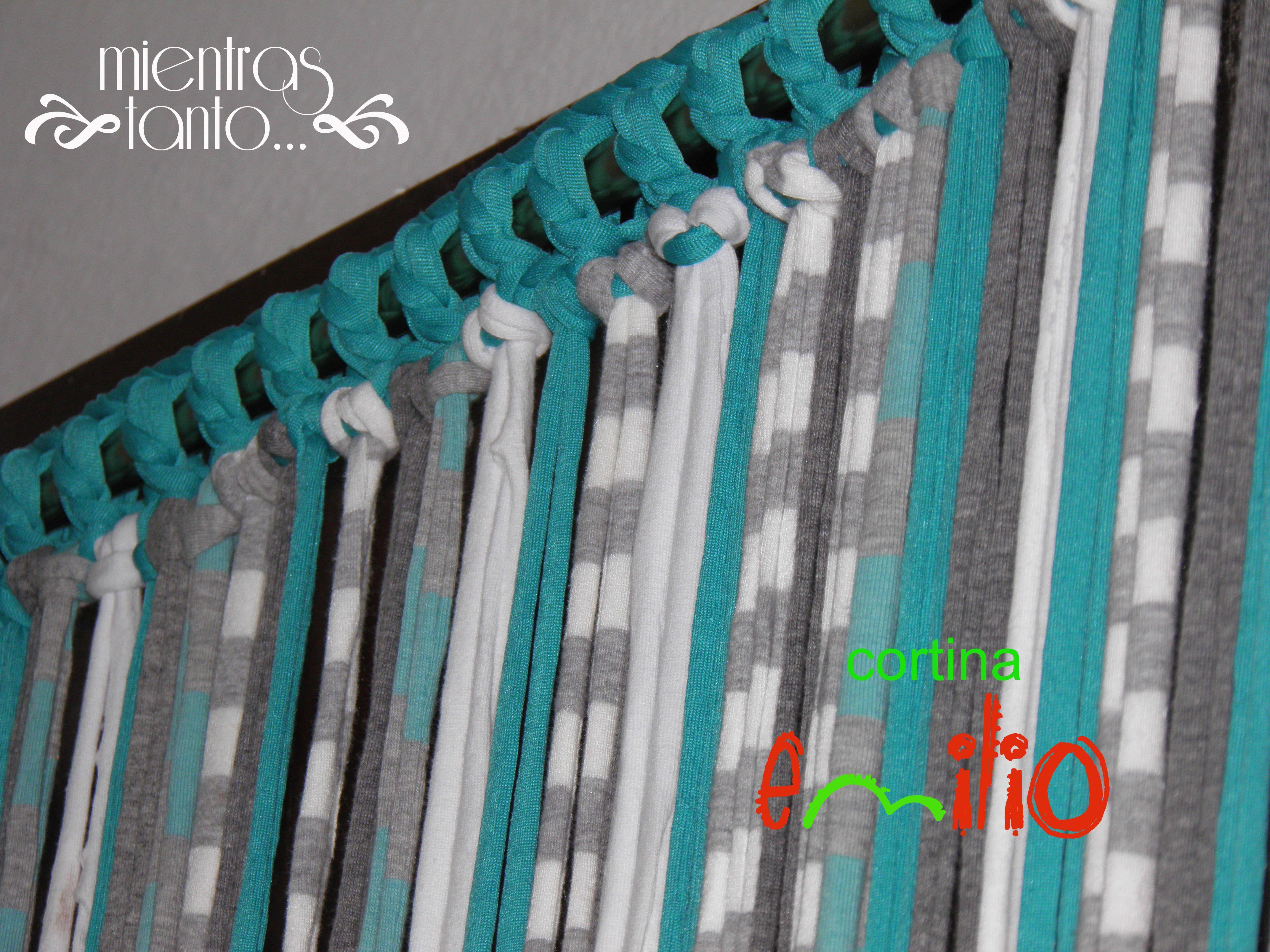 Cortina de totora en tonos turquesa gris celeste y for Cortinas en tonos grises