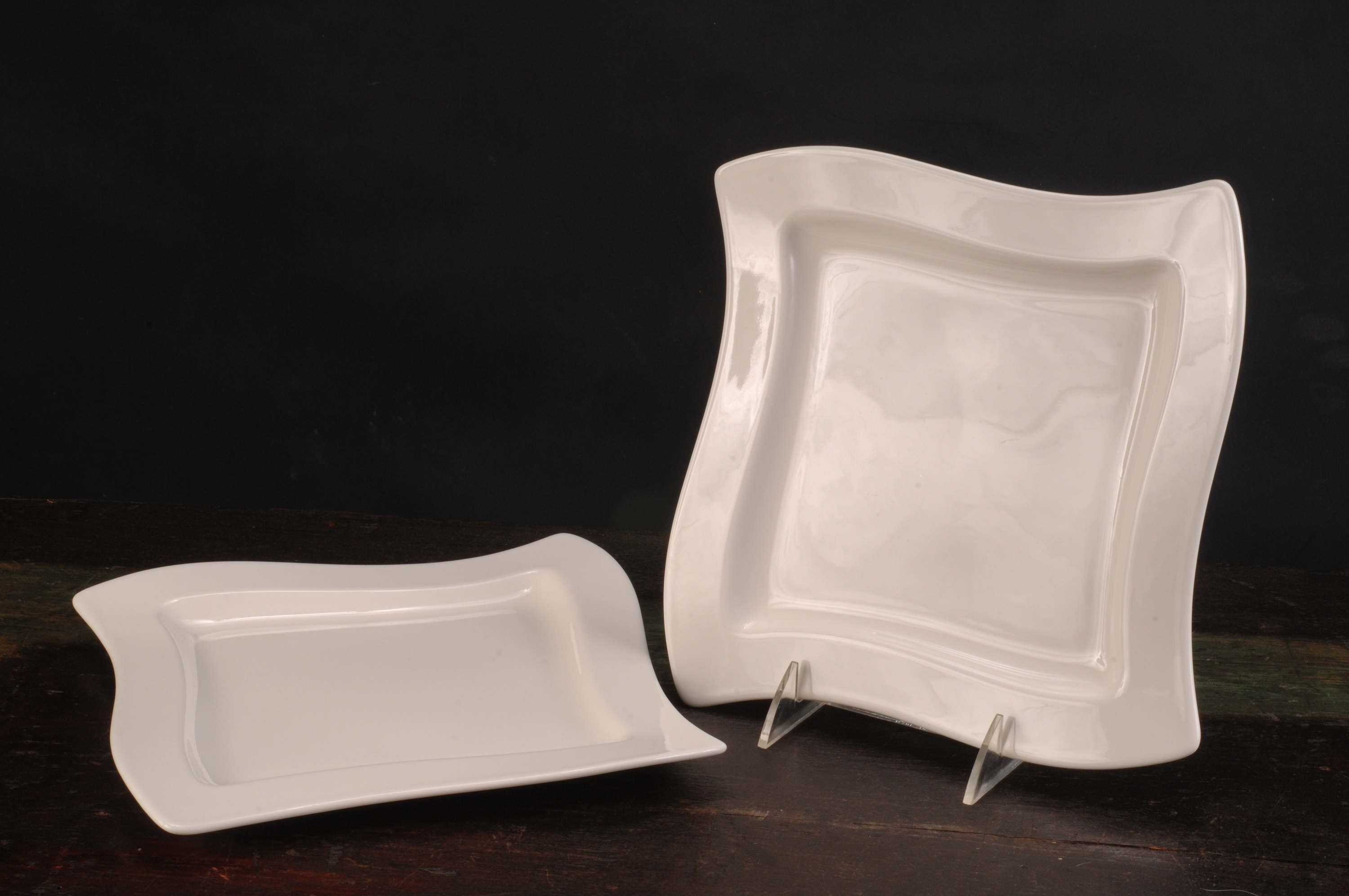Pair Of Villeroy Boch New Wave Dinner Plates Germany Vintage