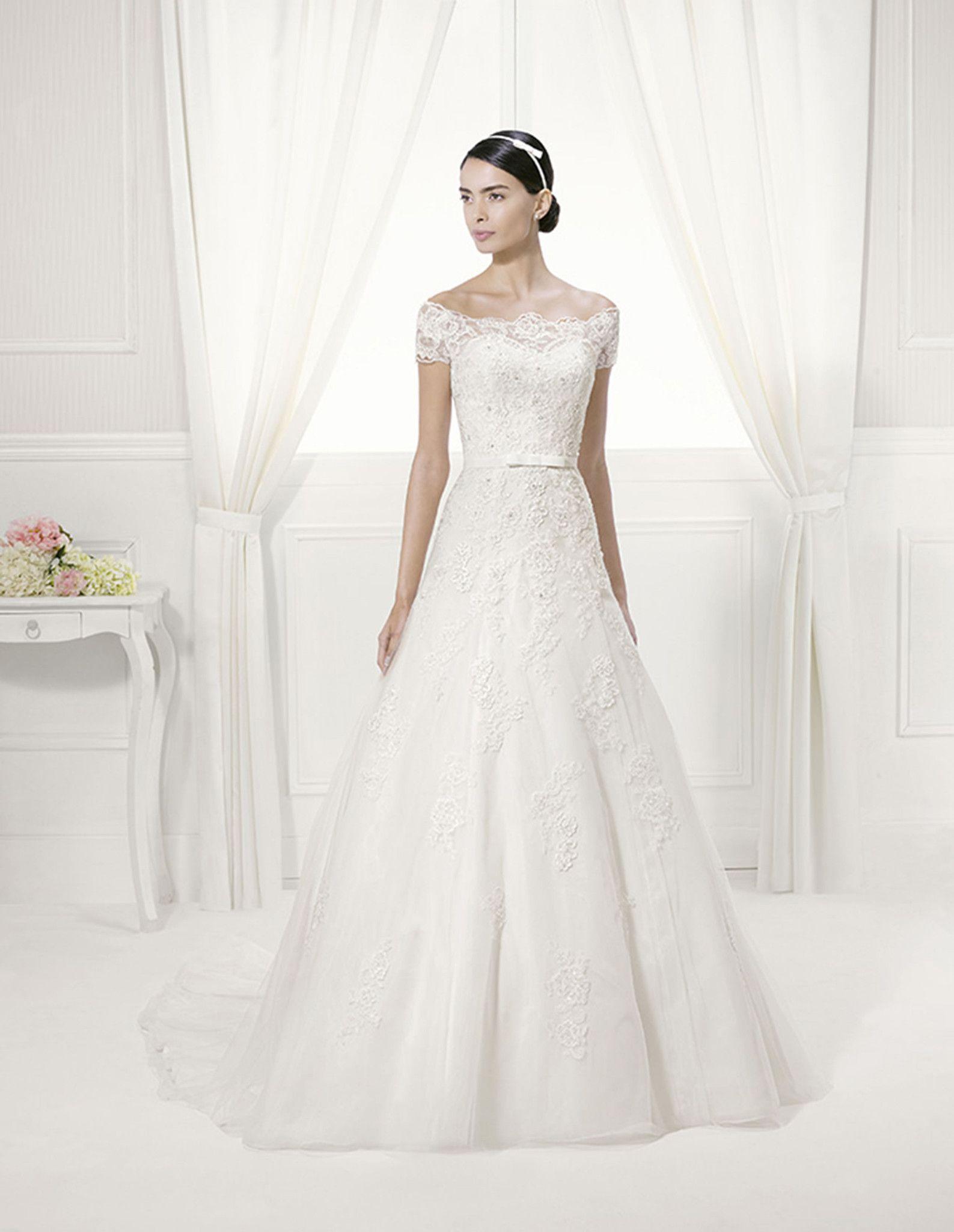 Alma Novia Ferrol from LUXEredux Bridal Wedding dresses