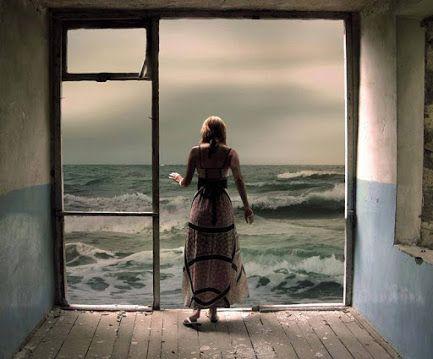 Por que você está batendo em todas as outras portas? Vai, bater na porta do seu próprio coração.