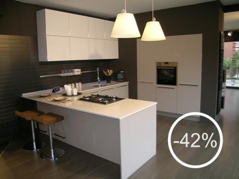 Cucina one ernesto meda outlet anta in laminato hpl larice grige con bordo in alluminio - Hpl piano cucina ...