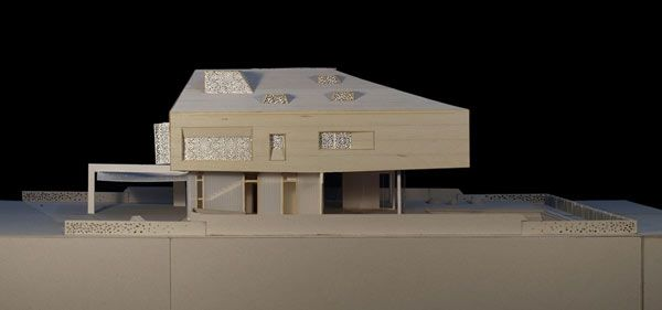 Architecture House Model weekend retreat with sustainable features and savvy design