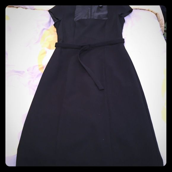 Cute black dress Black sz 8 H&M Dresses Midi