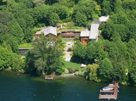 Bill Gates Compound Xanadu 2 0 Lake Medina Wa The Swimming Pool Has An Underwater Sound