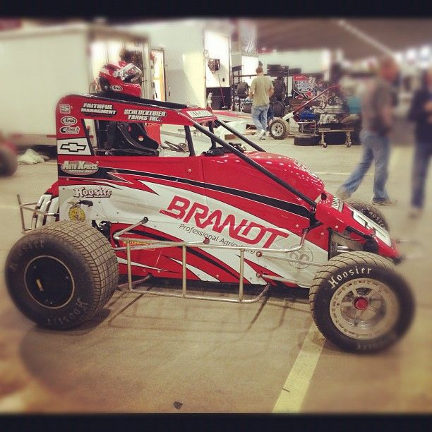 chilli-bowl-midget-engines-eats-her