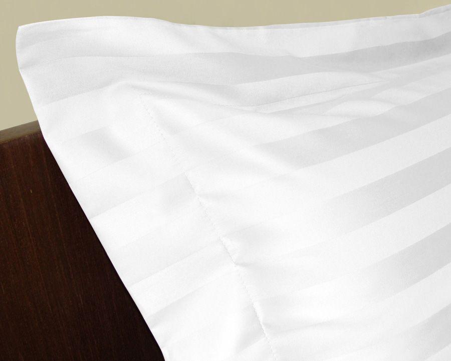 f30b22a5ec Jogo de Cama Zelo Select Maquinetado Queen - Percal 400 Fios Toque Acetinado  - Zelo + Edredom Branco Alexandre Herchcovitch