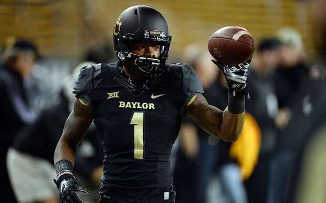 Baylor To Play Bowl Without Star Wr Coleman Starting Qb And Rb College Football Football Helmets Bowl Game