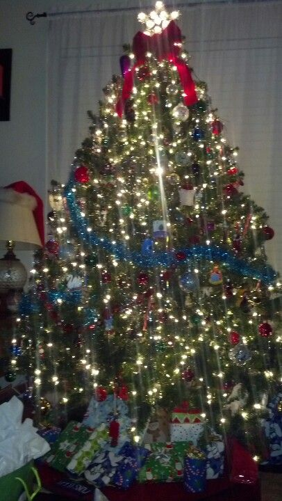 Combine Two Small Box Trees To Make A Giant Big One Tie Top Together Holiday Diy Holiday Decor Christmas Tree