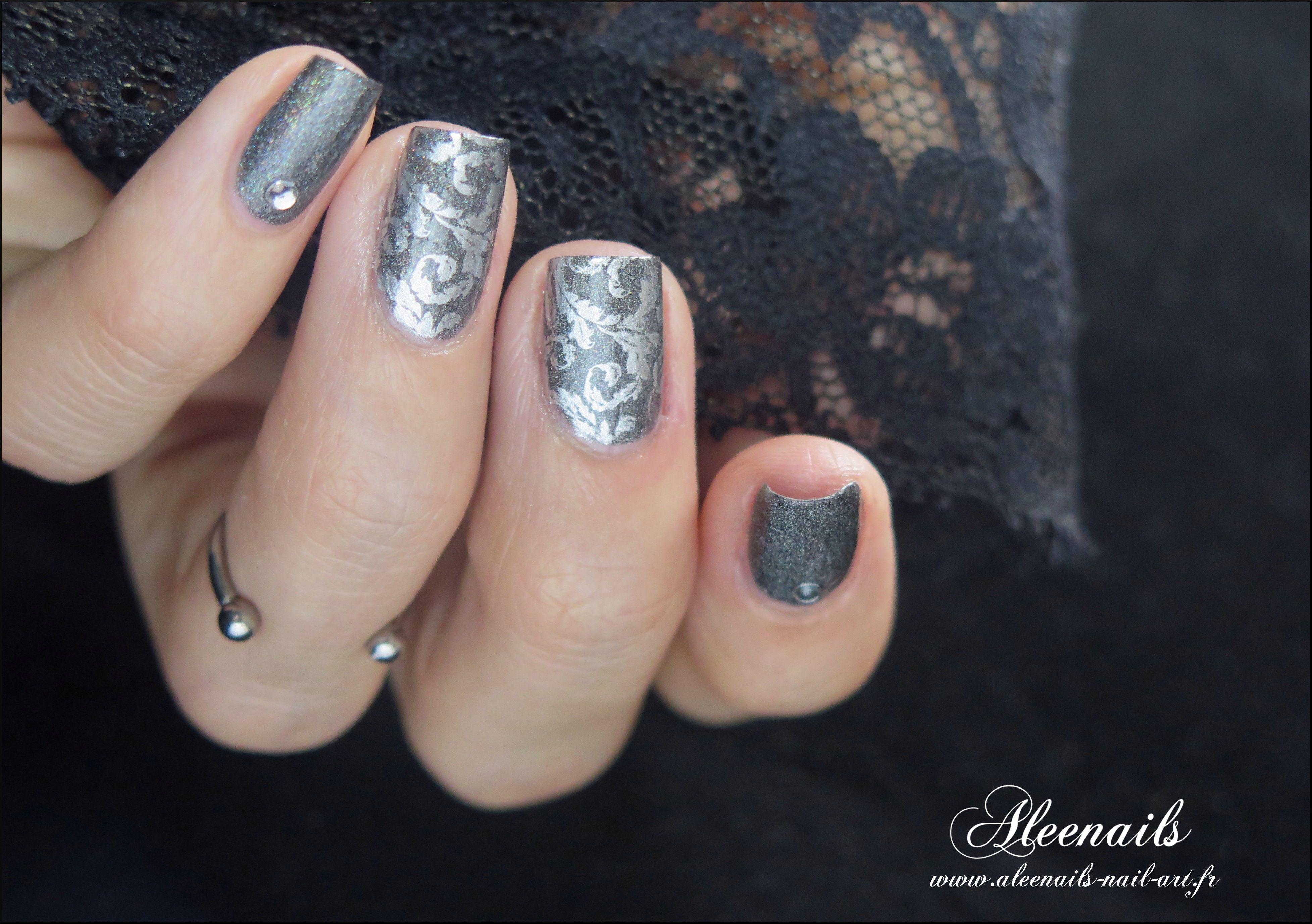 http://aleenails-nail-art.fr/feuilles-dargent-avec-born-pretty-store ...