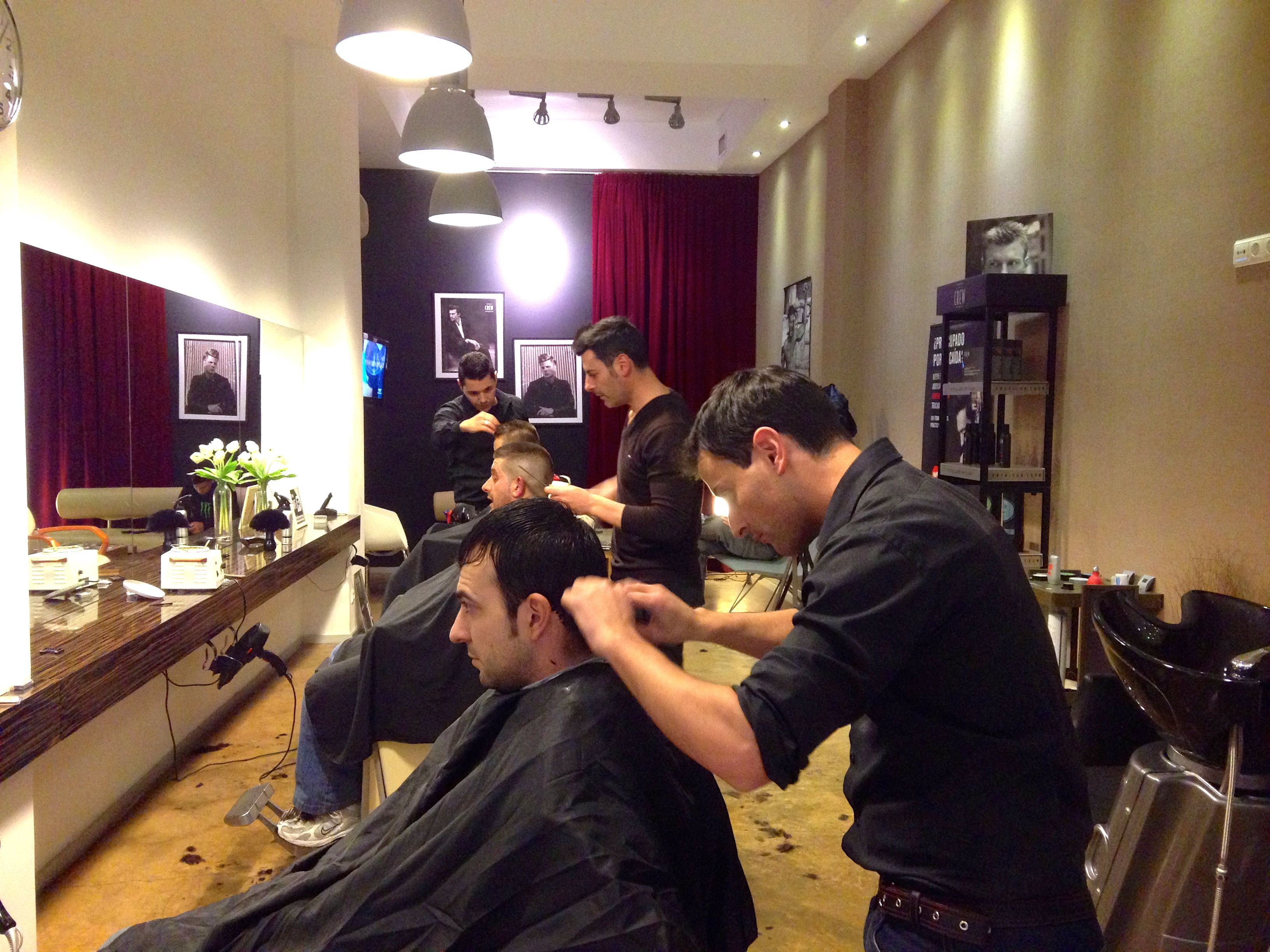 Abelpelukeros ELCHE Barbershop Peluqueria caballeros