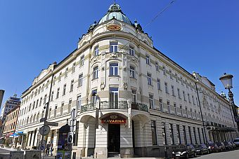 This year will be the 110th anniversary of Grand Hotel Union. The hotel, measuring almost 100 metres long, was built between 1903 and 1905 after designs by Josip Vancaš.  The entire building, both its façade and interior furnishings, which include the copies of a rich collection of etched glass panes, is designed in the Art Nouveau style.