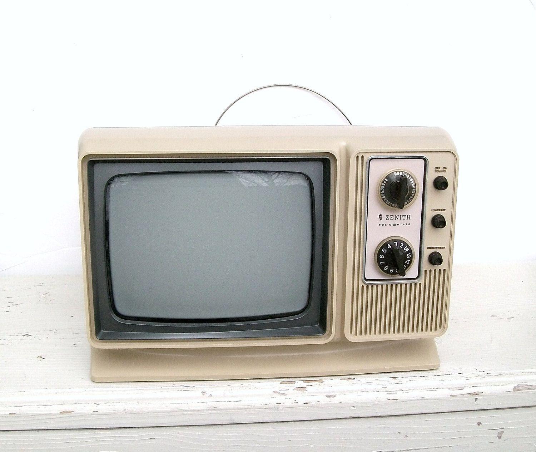Vintage 1970s Zenith Television Set Futuristic Portable TV ...  |1960s Portable Televisions