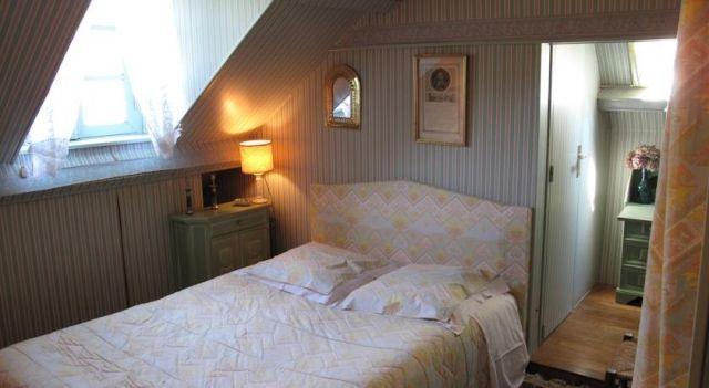 Château De Goville, Le Breuil-en-Bessin, Normandie - attic room