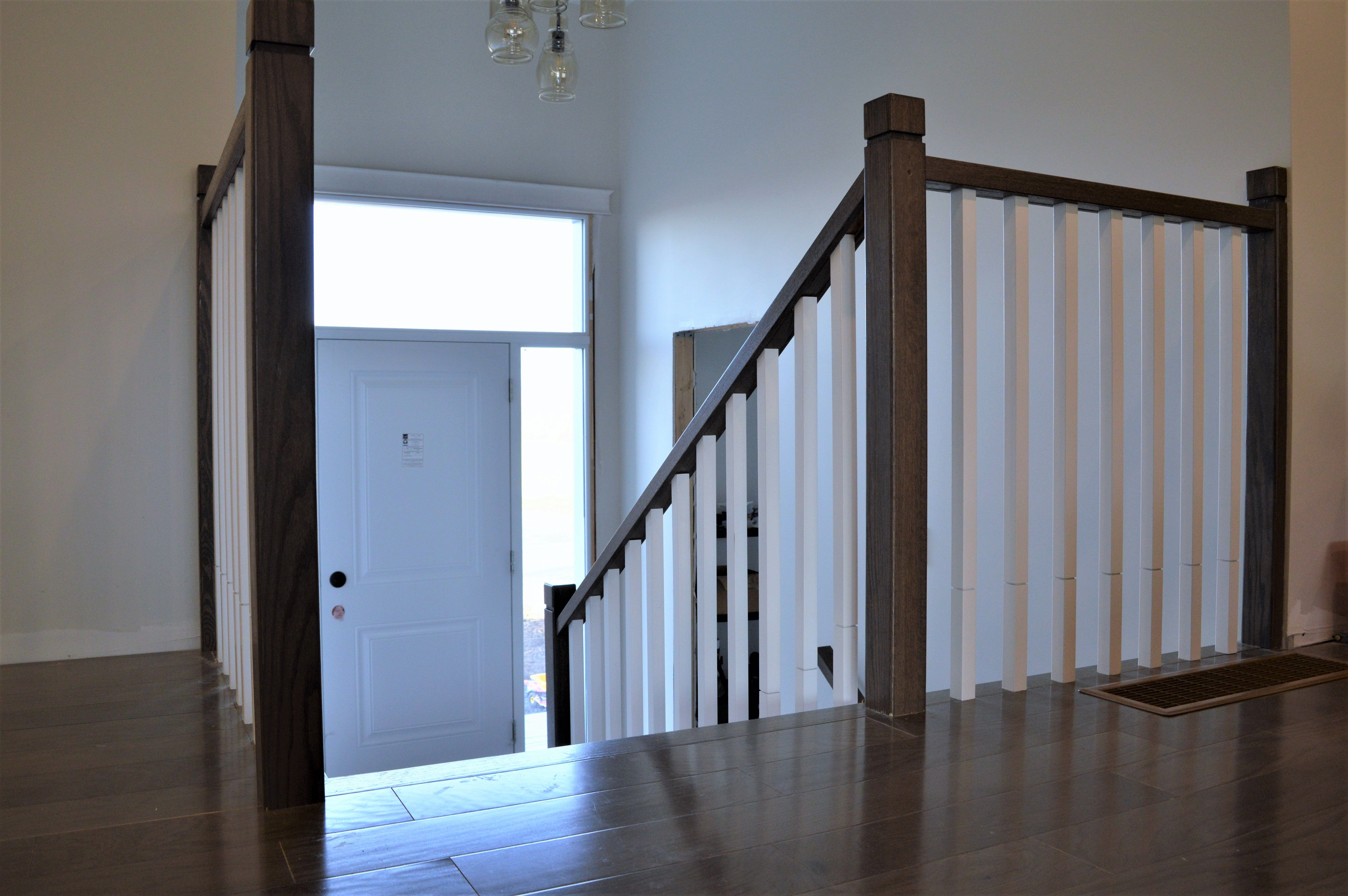 Best Week 26 Zen Stairs And Handrail With Square Spindles 640 x 480