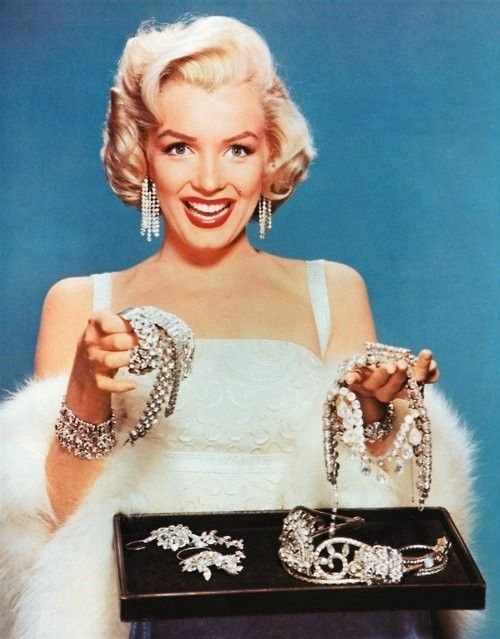 Happy Birthday Marilyn Monroe... Diamonds are a girl's best friend :)