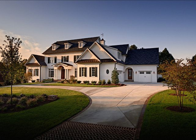 Beautiful traditional homes exterior for Beautiful home exteriors