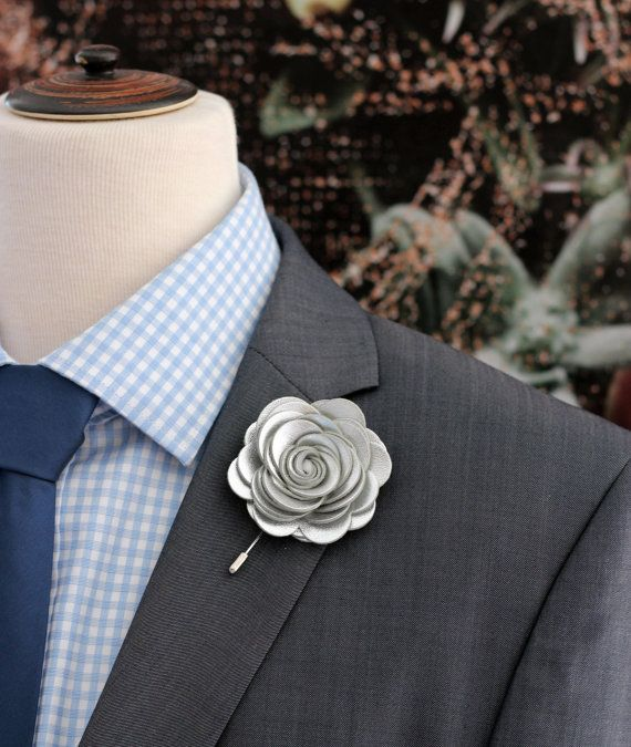 Groom/' Boutonniere Lapel Flower Brooch Gift for him Flower Lapel Pin Red White Wedding Buttonhole Kanzashi Fabric Pin Groom/'s Lapel Pin