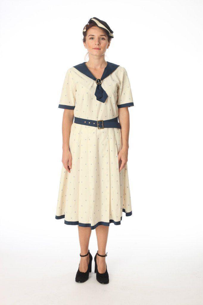Женское платье военных лет