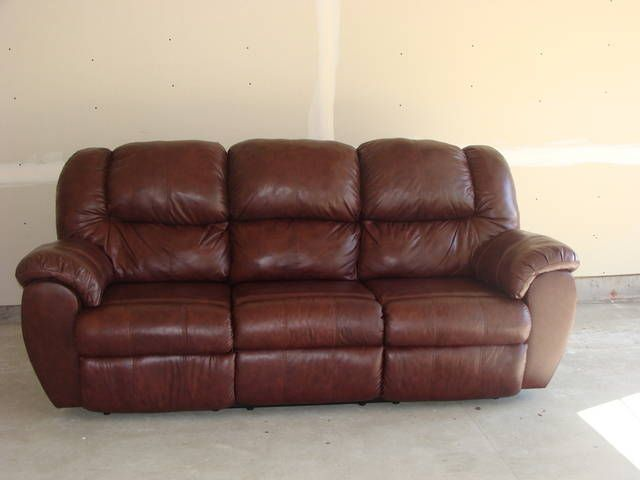 Presenting The More Exclusive Living Room With Ashley Leather Couch