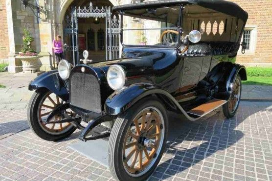 a 1915 dodge brothers touring car about transportation. Black Bedroom Furniture Sets. Home Design Ideas