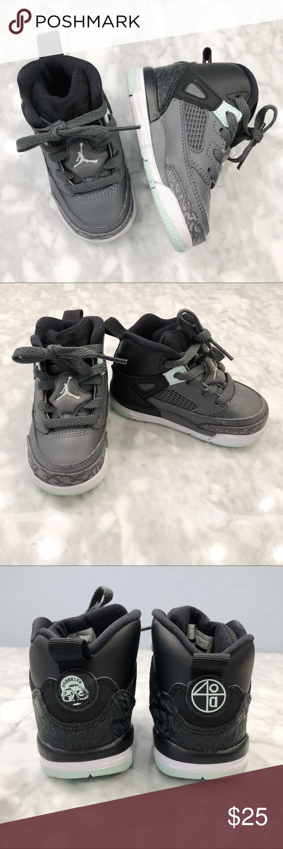 Nike Air Jordan Brooklyn 40A Kids size