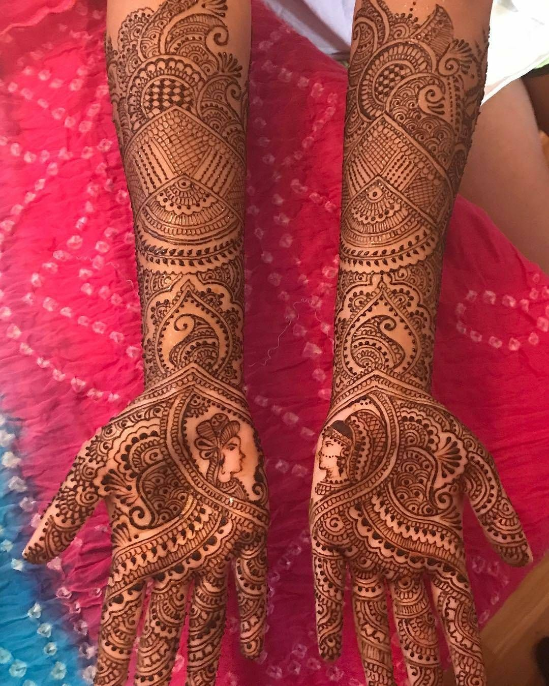 Meet The Talented henna artists from from @hennacafe_designs on ...