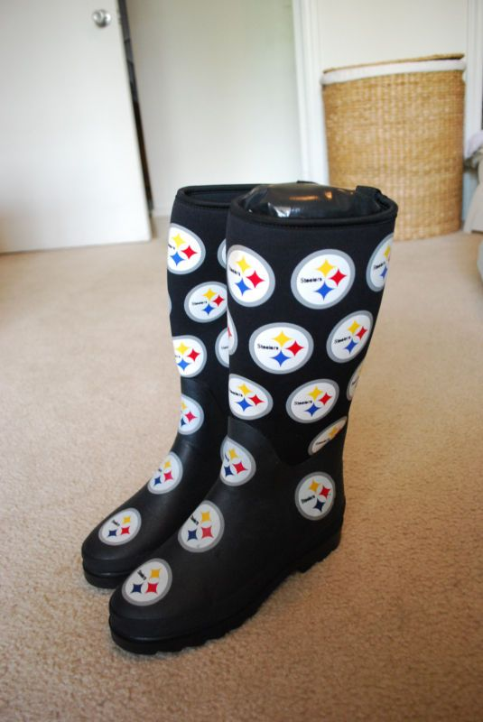 best website 914af 3580a Pittsburgh Steelers NFL Womens Rain Boots, Size 8 - New ...