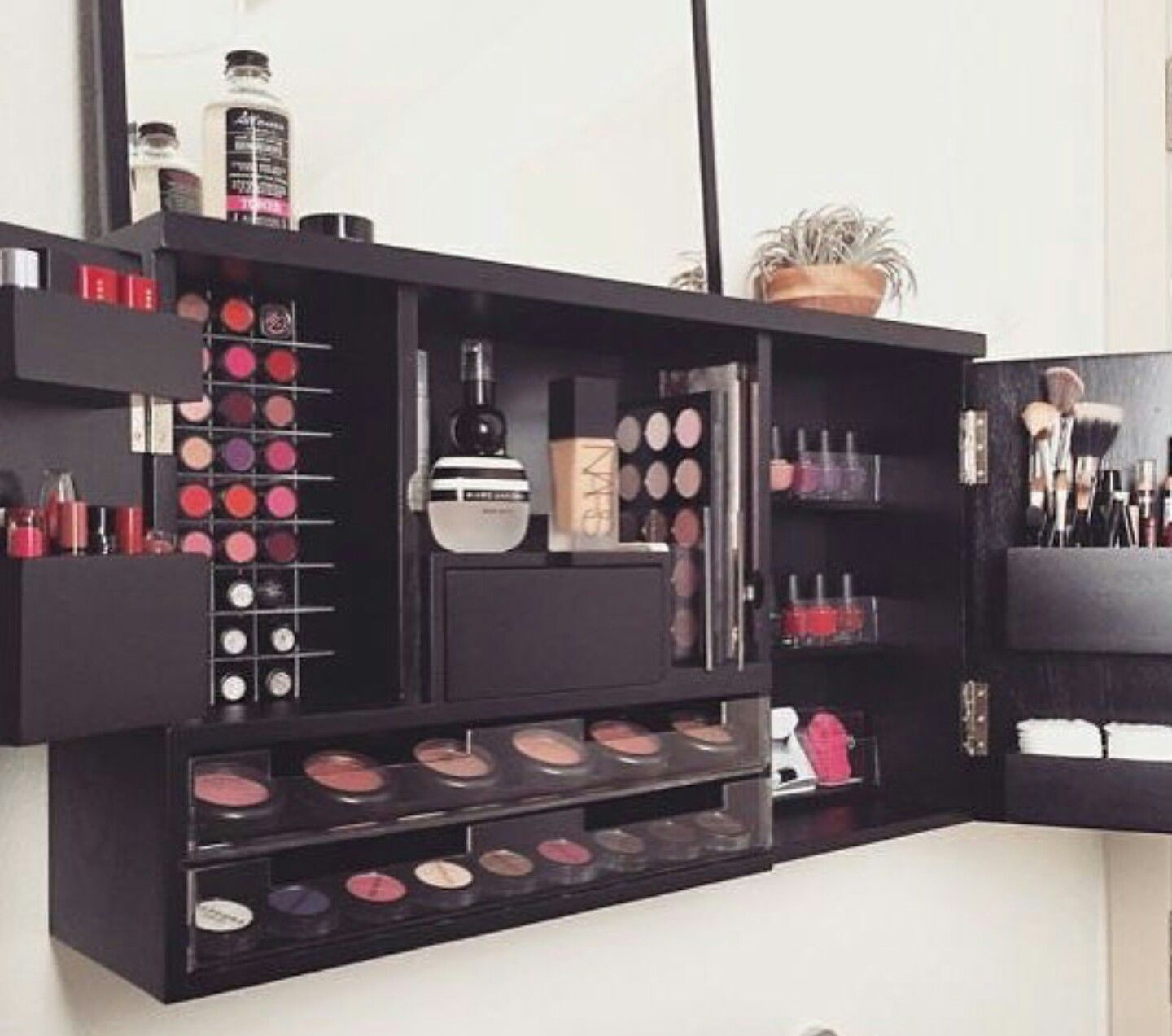 fashion.gram1 Wall mounted makeup organizer, Makeup