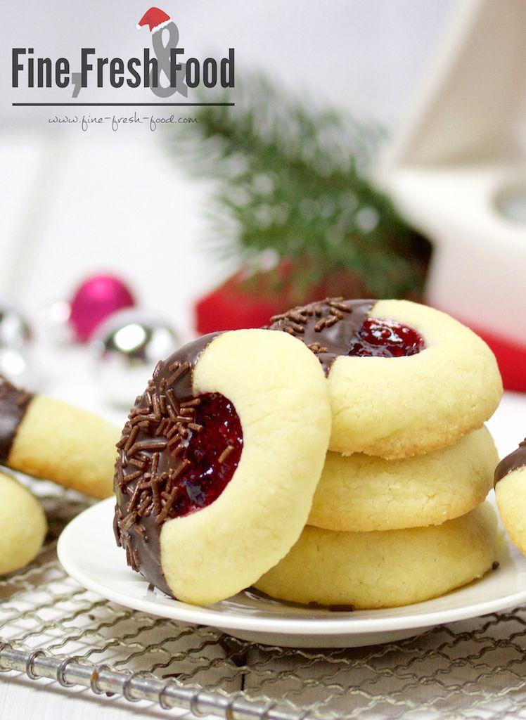engelsaugen mit schokolade und waldbeeren blogger rezepte pinterest weihnachtspl tzchen. Black Bedroom Furniture Sets. Home Design Ideas