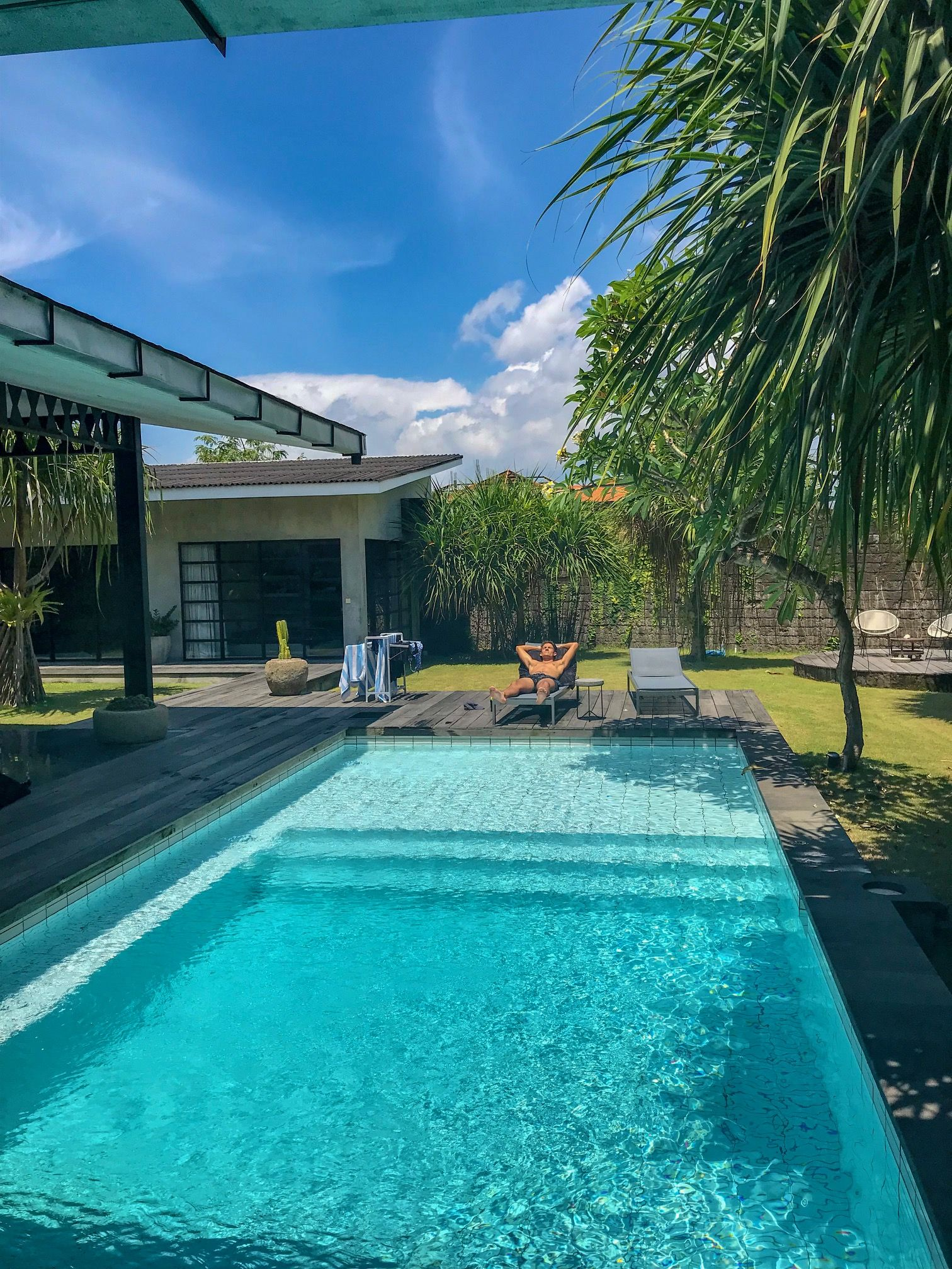 private villa with great pool in canggu bali best accommodation rh pinterest com