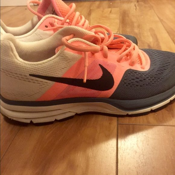 Nike Pegasus 30 Good condition! Very comfortable & great training shoes. Worn lightly Nike Shoes Sneakers