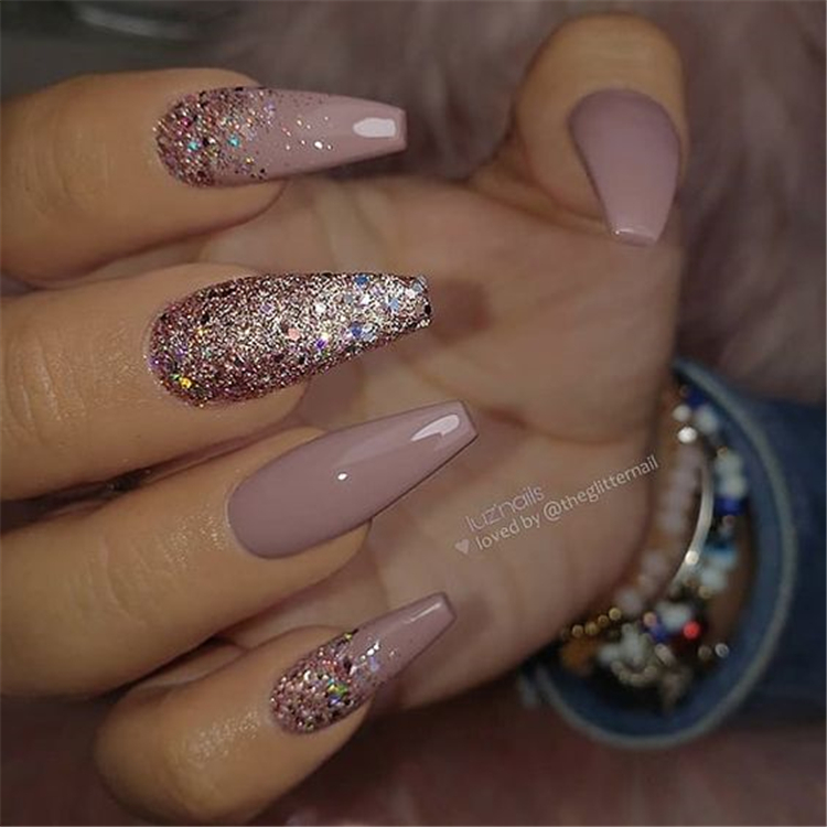 50 Beautiful But Simple Winter Acrylic Coffin Nail Designs You Need To Have For Holiday Season Women Fashion Lifestyle Blog Shinecoco Com Coffin Nails Designs Mauve Nails Natural Gel Nails