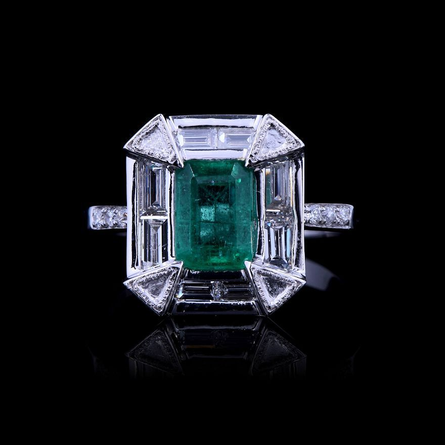 Emerald and White Diamond Ring on auction at #graysonline #ring #emerald #diamond #diamondsareagirlsbestfriend #jewelry #jewellry #online #bid #auction #$9startprice
