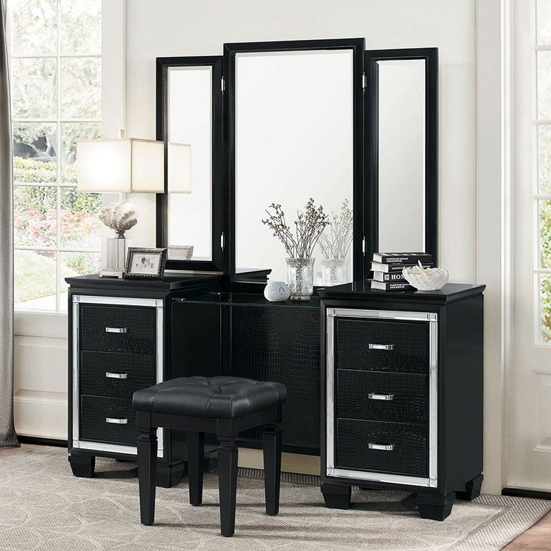 Tips To How To Select A Bedroom Vanity Darbylanefurniture Com In