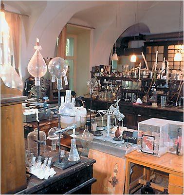 Chemical Laboratory ❤ Laboratory  Science Love Chemistry labs