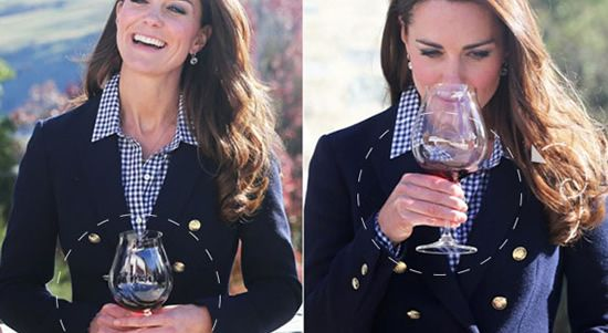 How To Properly Hold A Wine Glass Glass Half Full Kate Kate Middleton Wine