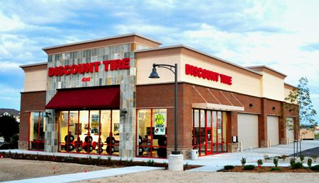 Discount Tire Store Hours >> Tire Store Discount Tire Opens First Store In Brighton