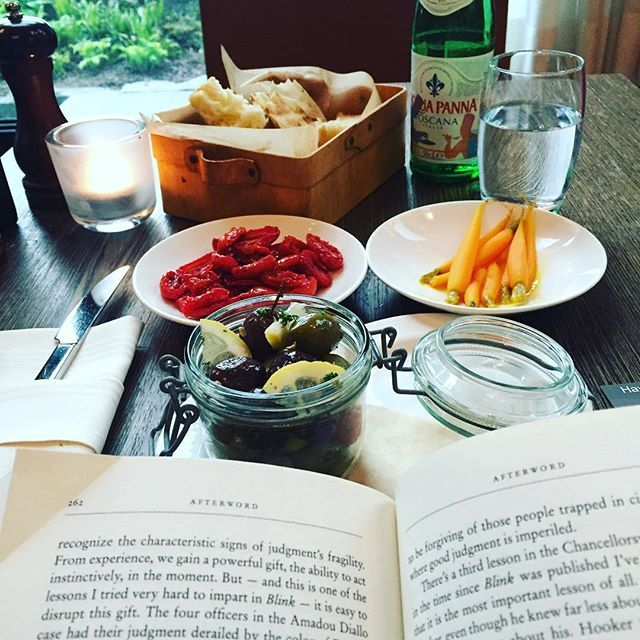 Take some time off with a great book and  delicious tapas! Photo by IG @act2exceed   #radissonblu #zurich #vegetables