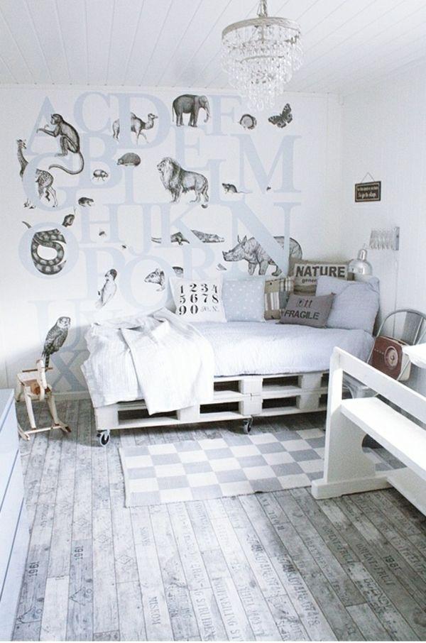 massive Holzmöbel Paletten grau farben Hugo kamertje Pinterest - modernes bett design trends 2012