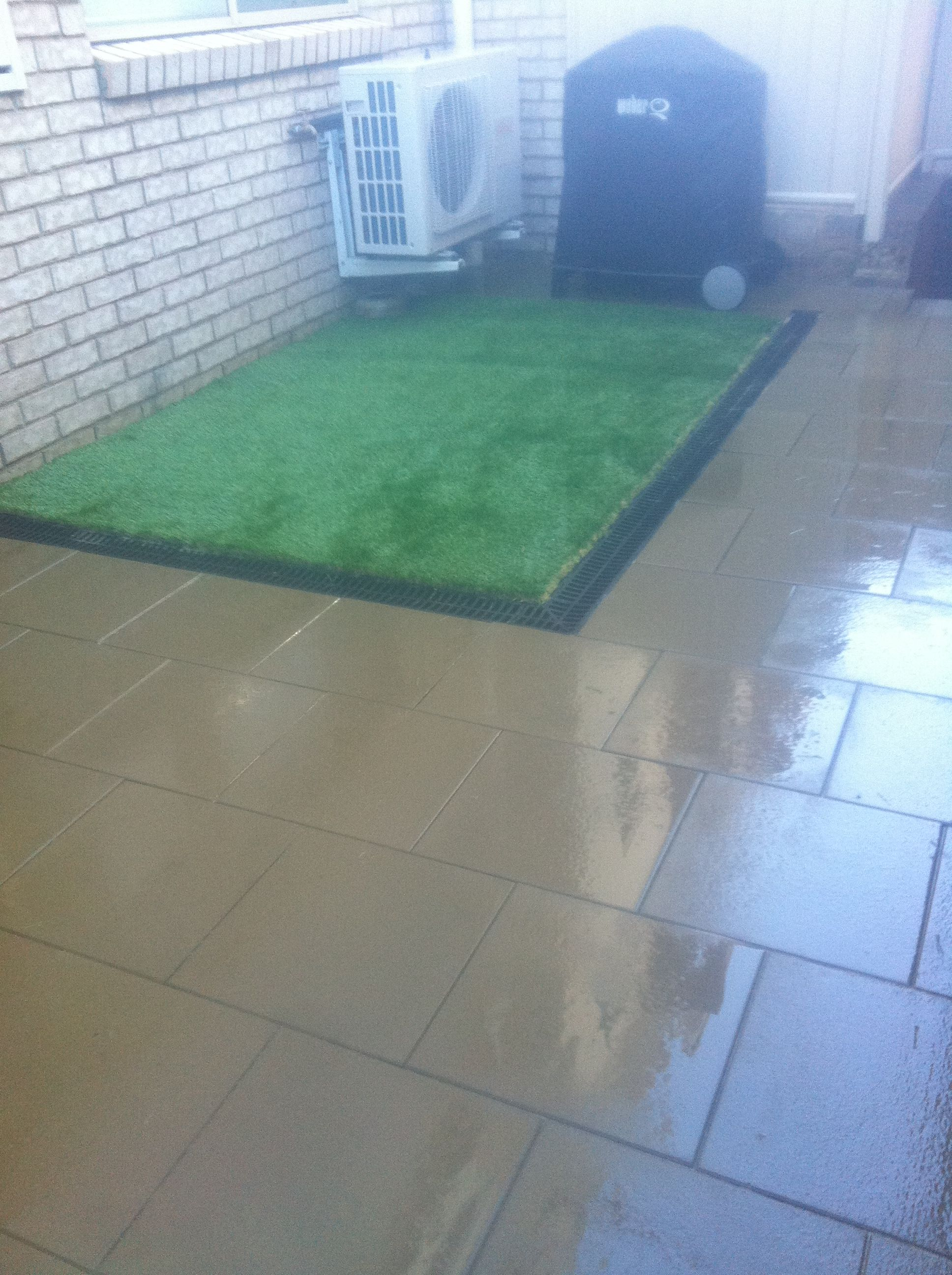 Courtyard Paving and Synthetic Turf. Paving, Courtyard Paving. Paving Design, Stretcher Bond. Paving Product, Adbri paver 'London'. Drainage, Channel drain and pit drain. Synthetic Turf, 35mm 3 Blend synthetic turf.