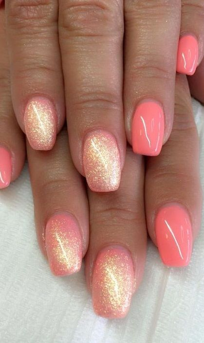 Pinterest Found Get Glam Glitter Nails In 2020 Gel Nails Short Acrylic Nails Nails
