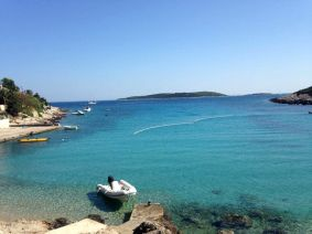 7 MUST-VISIT BEACHES ON THE ISLAND OF VIS, CROATIA | Hidden World