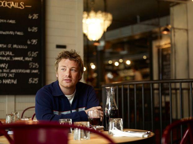 Os fabulosos restaurantes de Jamie Oliver - O consagrado Jamie Oliver em um dos seus restaurantes Jamie's Italian
