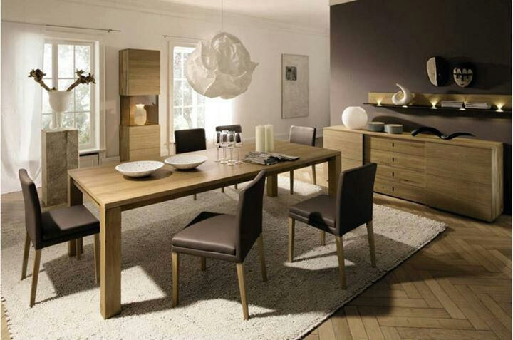 Brown Dining table adds to the cosy feel