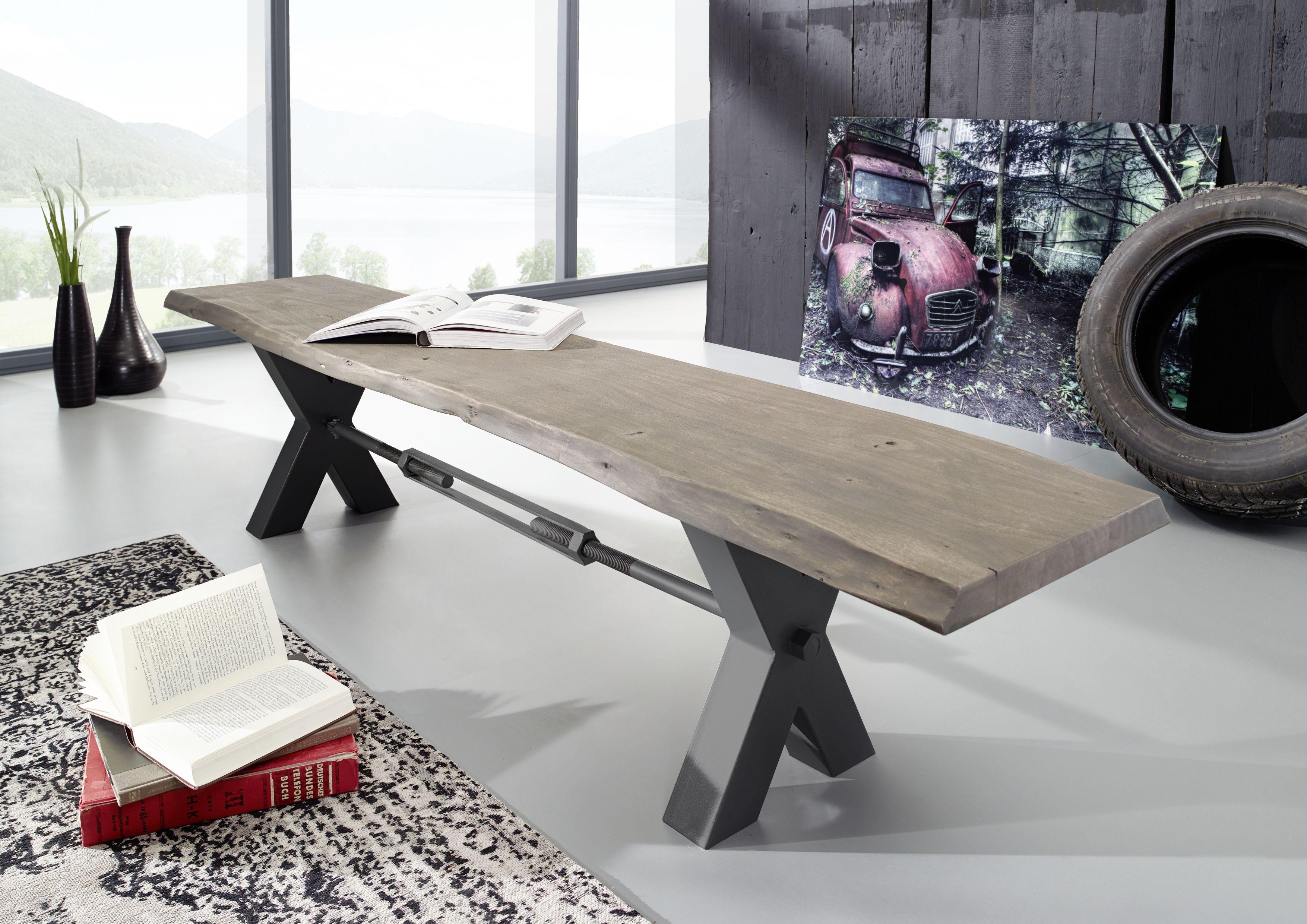 Bank der Serie BLACK LABEL. Diese Möbel lassen Gegensätze ...