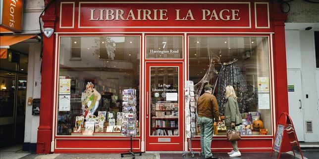 Librairie française : La Page au 7, Harrington Road, Kensington, London SW7.